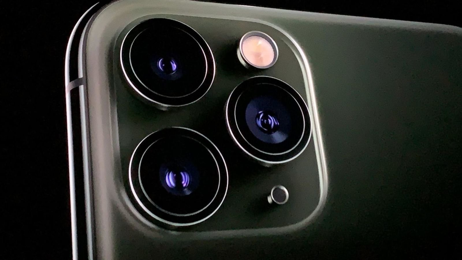 Apple iPhone 11 Pro camera reviews