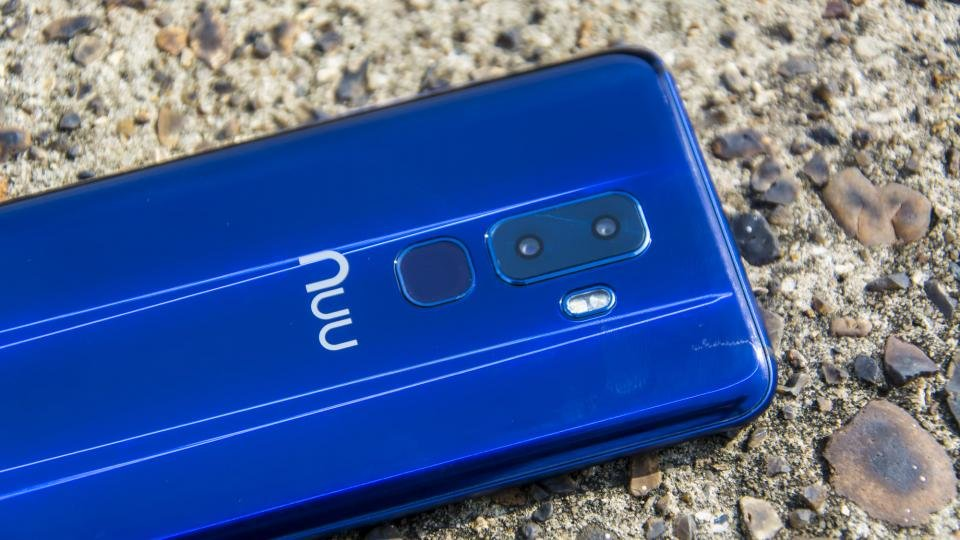 NUU Mobile G3 review