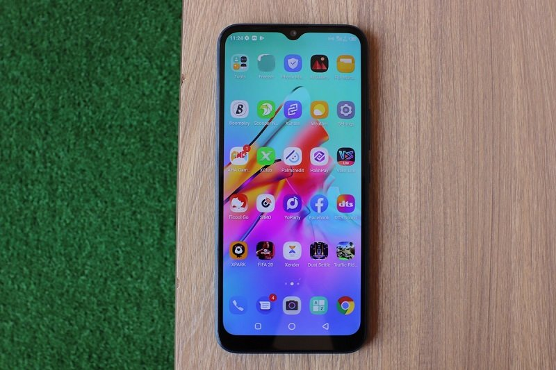 Infinix Hot 10 Lite review: best smartphone under 90 US dollars? 1