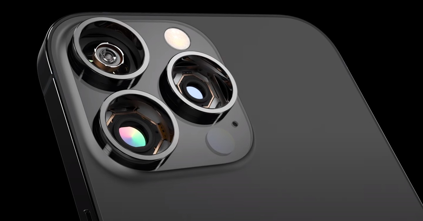 upcoming iphone 13 Pro max with large camera sensors (1)