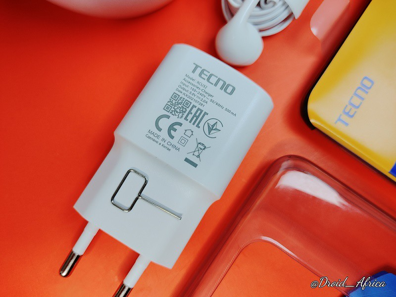 Spark 8 10W charger